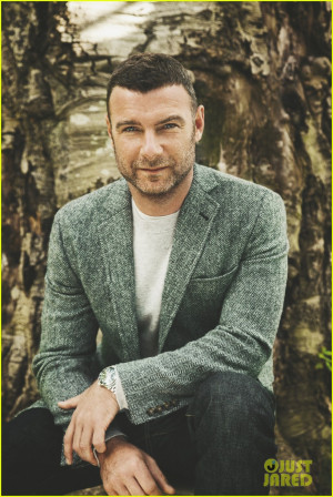 Thread: Liev Schreiber Cigar Aficionado November/December 2013
