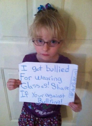 ... People, Little Girls, Wear Glasses, My Heart, Anti Bullying, Crying