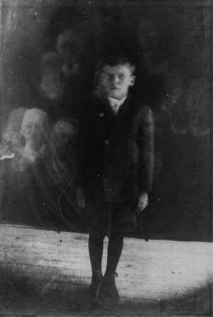 ghost #paranormal #vintage #occult #spirit photography #creepy