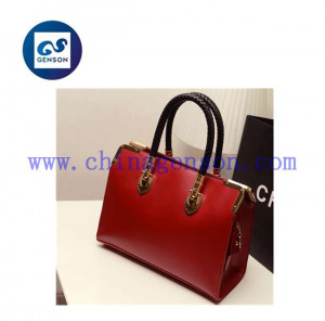 name_brand_purses_trendy_famous_handbags_italian.jpg