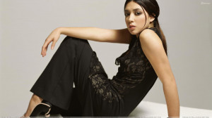 Michelle Branch Sitting Pose In Long Black Dress Side Pose Photoshoot