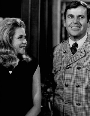 Elizabeth Montgomery and Paul Lynde (Uncle Arthur) in a 1968 episode ...