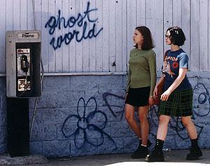 ... Terry Zwigoff, year 2001. Starring Thora Birch, Scarlett Johansson