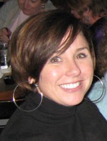 Amy Jo Johnson Bio