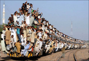 ... Funny Rush Pictures,Funny Indian Train Pictures,Indian Train Funny