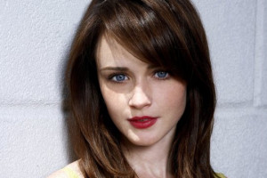 Alexis Bledel Blue Eyes and Red Lips Images, Pictures, Photos, HD ...