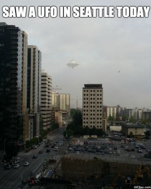 Funny-Pics-2014-UFO-In-Seattle.jpg