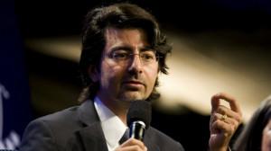 Pierre Omidyar : Le fondateur d'eBay critiqué pour avoir financé l ...