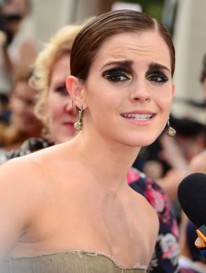 Emma Watson thinks wearing too much makeup is her biggest style ...