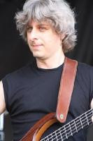 Brief about Mike Gordon: By info that we know Mike Gordon was born at ...