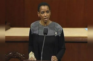 Congresswoman Donna Edwards Uses White Stripes To Divert Government ...