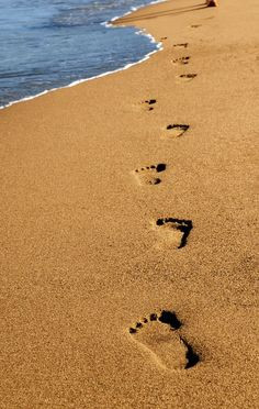 footprints in the sand more sands footprint by blueenayim