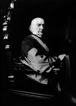 William_Ewart_Gladstone.PNG