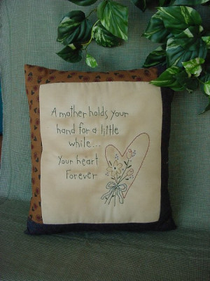 hutch primitive embroidery stitchery love heart family sayings craft