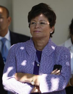 Valerie Jarrett Corruption, Valerie Jarrett Pay Back Video, Valerie ...