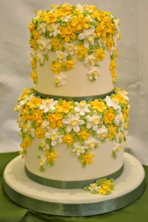 Spring Wedding Theme: Daffodils