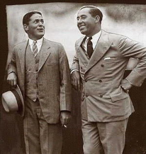 Bobby Jones (L) and Walter Hagen