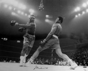 Muhammad Ali vs. Joe Frazier in Fight of the Century, Madison Square ...