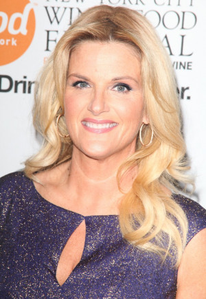 Trisha Yearwood Picture 23