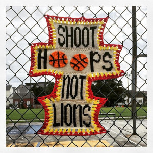 find this so incredibly offensive when there are no lions in #NOLA ...