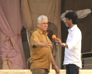 Om Puri recipe: His drunkard-like speech at Ramlila at the Anna Hazare ...