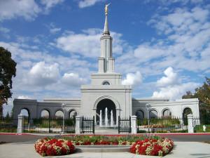 sacramento-mormon-temple1.jpg