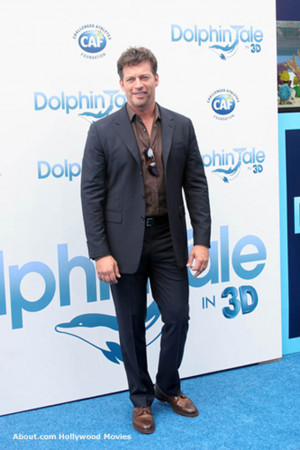 Harry Connick Jr Dolphin Tale premiere picture - Photo © Richard ...