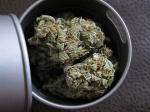 weed marijuana smoke joint bowl bong pot 420 bud Smoking pipe Roll ...