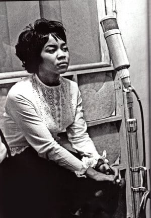 Mavis Staples - Vee Jay recording session - New York 1961
