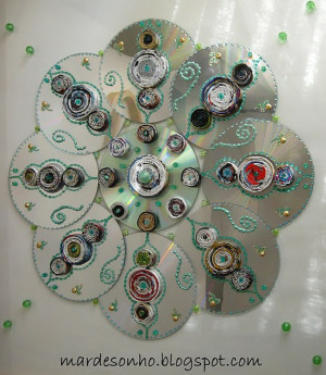 Source: http://recycledcrafts.craftgossip.com/page/4/ Like