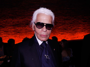 holding-karl-lagerfeld-quotes.jpg