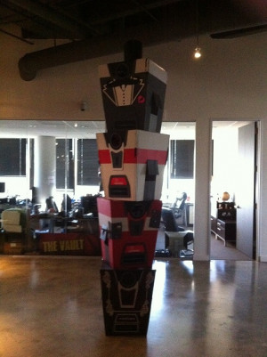 Re: My Claptrap cosplay from Pax East 2011-12
