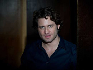 Edgar ramirez 2010 wallpapers