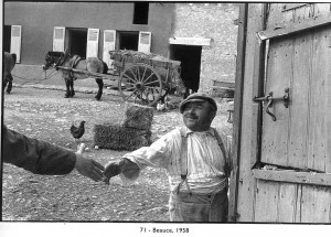 Henri Cartier Bresson Photographer who helped to establish