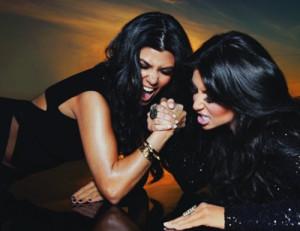 inuhdaze:Kourtney & Kim Kardashian(arm wrestling )