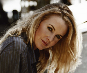Renee_O'Connor_02.jpg