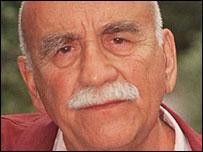 Warren Mitchell's Profile