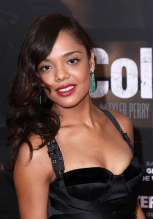 Tessa Thompson Pictures Tessa Thompson arrives on the red carpet at